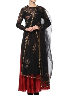black-embroidered-suit-set