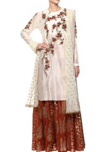 off-white-rust-kurta-set