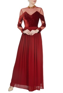 red-velvet-peekaboo-gown