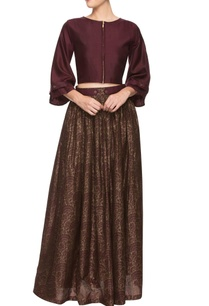 wine-crop-top-with-a-jacquard-print-skirt