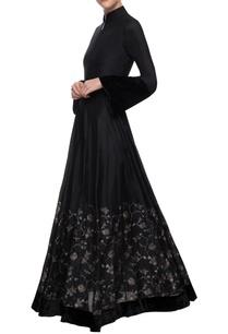 black-printed-maxi-dress