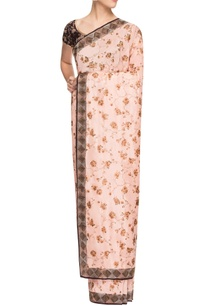 blush-pink-printed-sari-with-maroon-blouse