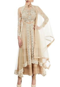 white-embroidered-kurta-set