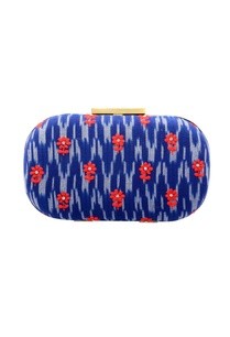 royal-blue-white-printed-clutch