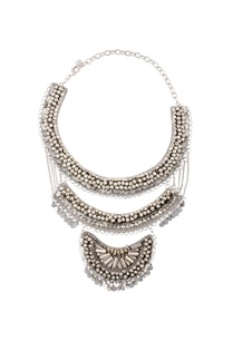 silver-triple-layered-necklace