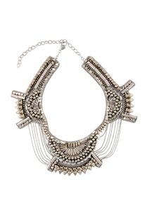 silver-chained-necklace