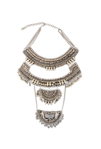 silver-triple-layered-chain-necklace
