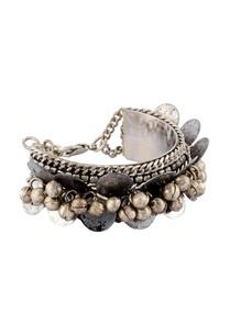 silver-coin-beaded-bracelet