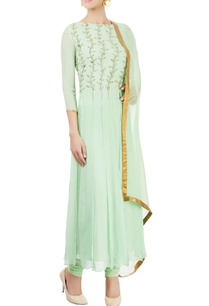 green-embellished-kurta-set