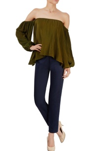 navy-blue-slouchy-pants