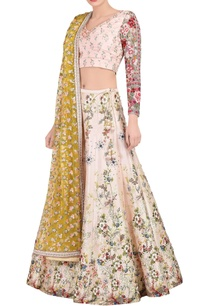 pink-floral-embroidered-lehenga-set