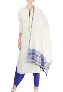 ivory-blue-kurta-set-with-chikankari-embroidery
