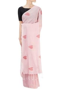pink-sari-with-heart-motifs