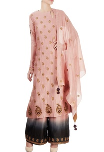 pink-kurta-set-with-embroidery