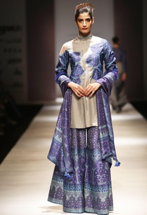 grey-blue-applique-kurta-set