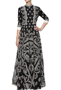 black-hand-embroidered-dress