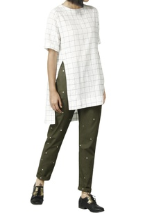 white-asymmetric-shirt-with-olive-checks