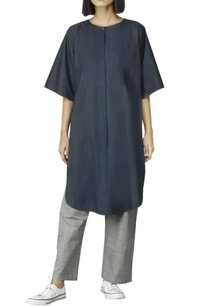 navy-blue-kurta-with-flared-sleeves