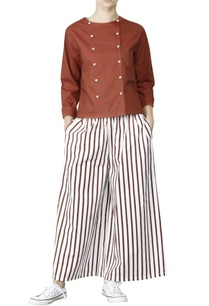 white-palazzos-with-brick-red-stripes