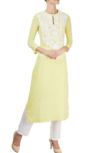 pastel-yellow-kurta-with-appliqued-bodice