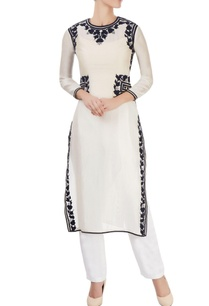 ivory-kurta-with-black-floral-appliques