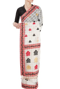 white-sari-with-motif-and-border-details-with-black-blouse