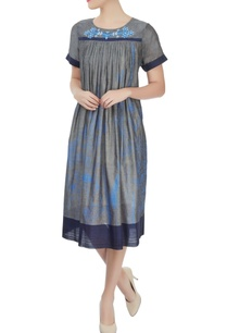 grey-striped-dress-with-white-polka-dot-yoke