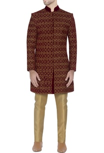 maroon-embroidered-velvet-sherwani