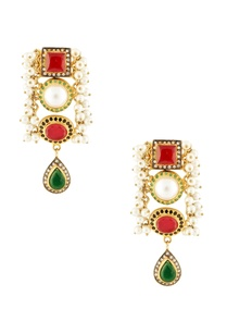 white-bead-earrings-with-stone