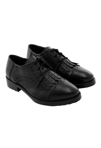 black-oxfords-with-cutwork