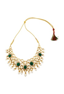 gold-necklace-with-green-onyx-kundan-crystals