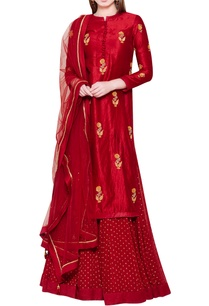 maroon-lehenga-set-with-zardozi-embroidery