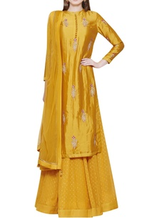yellow-lehenga-set-with-kurta