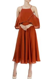 brown-cold-shoulder-midi-dress