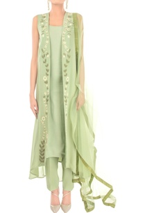 mint-green-embroidered-kurta-set