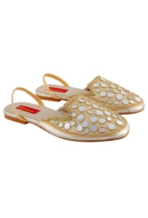 beige-sandals-with-mirror-work