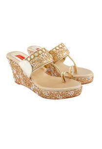 gold-wedges-with-embellishments