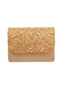 beige-clutch-with-dori-work