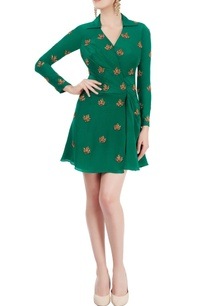 emerald-green-dress-with-zardozi