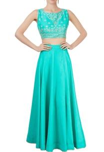 turquoise-lehenga-set-with-embellishments