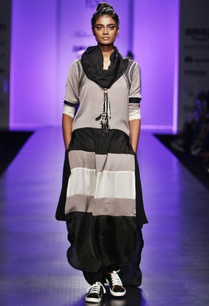 grey-black-white-color-block-kurta