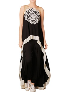 black-asymmetric-applique-work-kurta