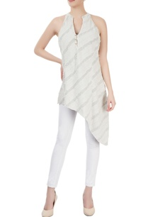 light-grey-tunic-with-striped-pattern