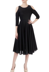 black-dress-with-cold-shoulder-sleeves
