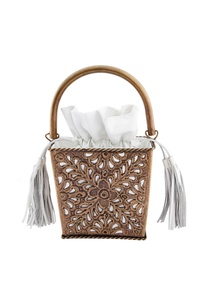 white-leather-bag