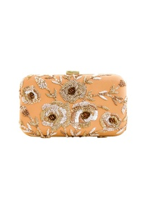 beige-clutch-with-gold-and-silver-embroidery