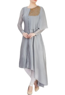grey-kurta-with-asymmetrical-hem