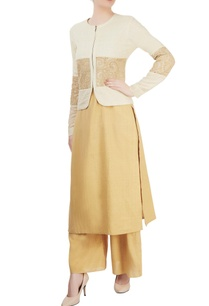 beige-kurta-set-with-ivory-embroidered-jacket