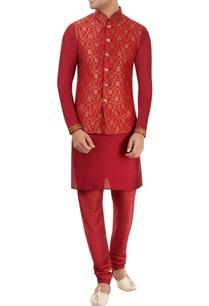 red-embroidered-kurta-set-with-nehru-jacket