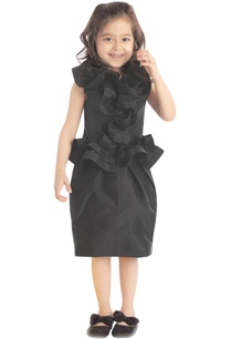 black-frilly-dress